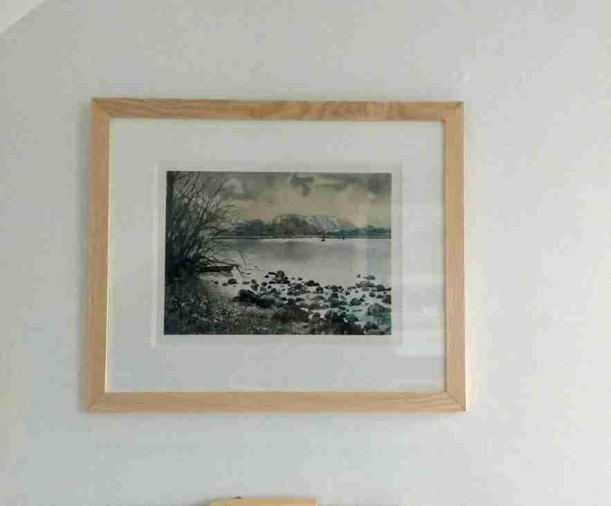 Ash Frames Display 2